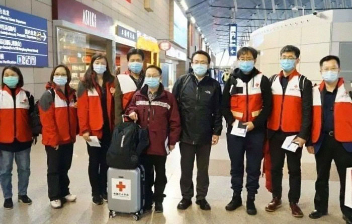 After Fighting Corona In China, The Same Medical Team Are Traveling To Fight In Italy. True Heros