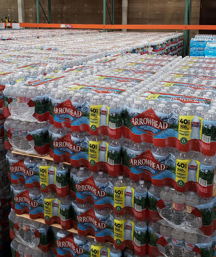 Costco Employee Shows What Store Workers See During The Coronavirus Outbreak
