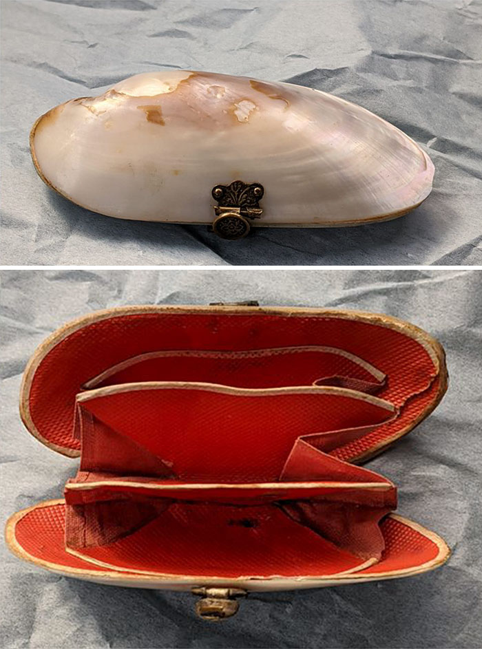 """I Was Shopping For A Vintage Dress When I Came Across This Shell Coin Purse At The Vault In Beaverton, Or. I Have Absolutely No Need For This, But Fell In Love And Brought It Home With Me. As The Lady Said To Me, """"Aren't Those Victorian's Clever?"""""""