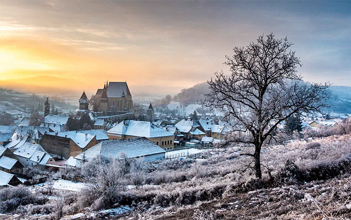 I Traveled To Romania In Winter To Capture The Beautiful Nature And Old Traditions (26 Pics)