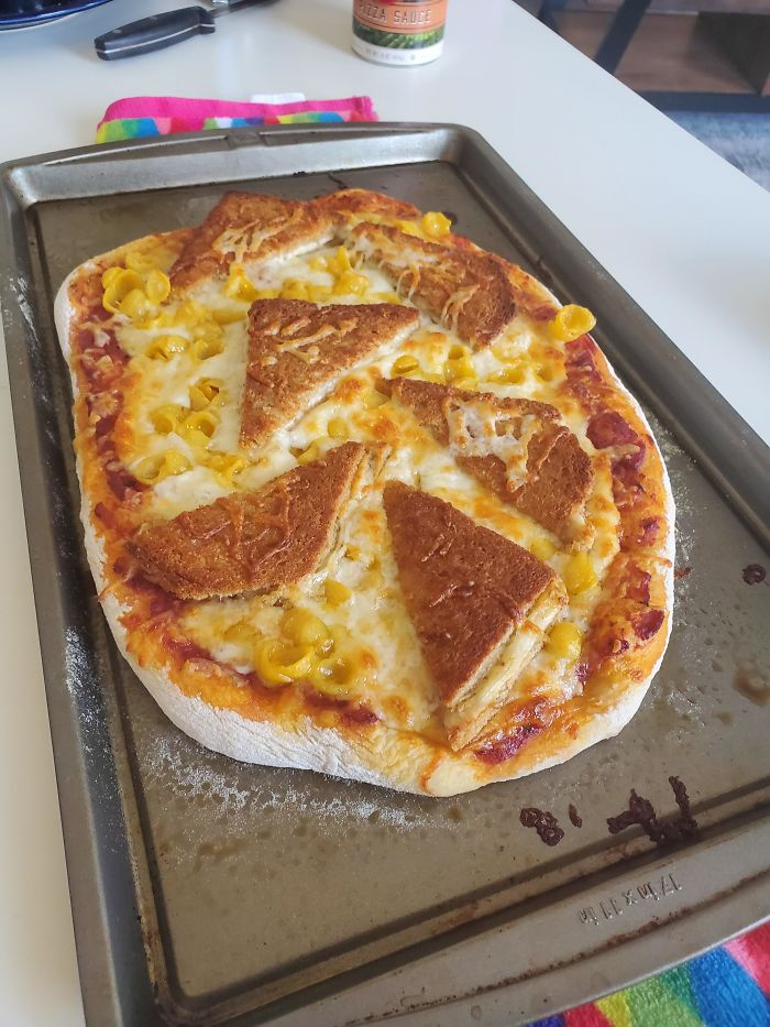 I Present To You, Quarantine Cooking At It's Finest: Ultimate Cheese Pizza (Cheese Pizza With Mac N Cheese And Grilled Cheese)