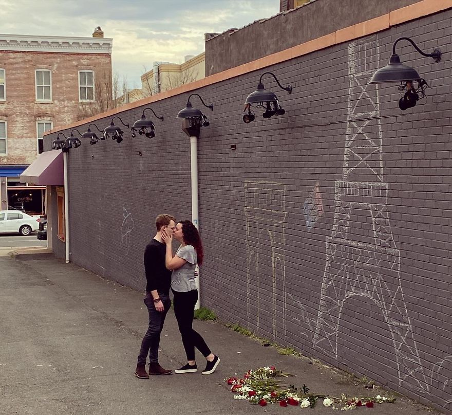 Man Brings Paris To Virginia By Proposing In Front Of A Makeshift Eiffel Tower