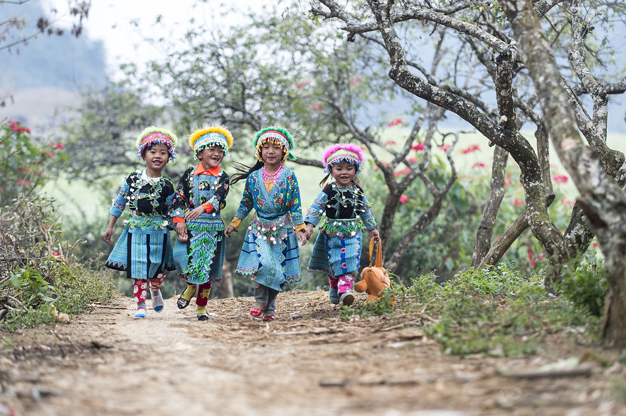Children Moc Chau Vietnam