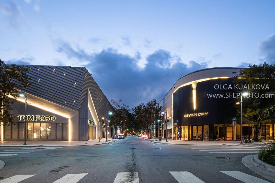 Design District Miami, 7 Am