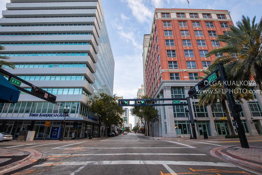 Downtown Miami, 8 Am