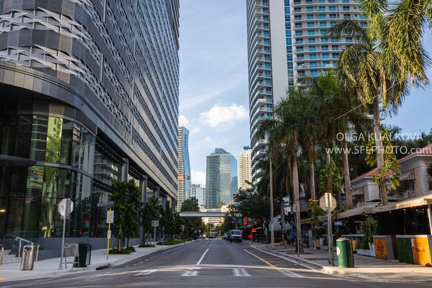 Downtown Miami, 9 Am