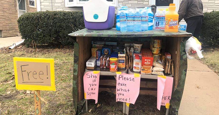 To Help Their Community During The Coronavirus Lockdown, This Family Opens A Free Pantry In Their Yard