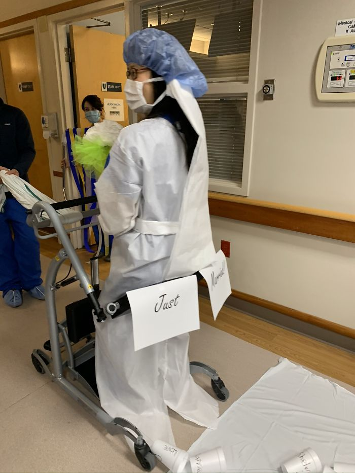 Residents Exchange Vows In Front Of Hospital Staff After Their Wedding Gets Canceled Due To Coronavirus