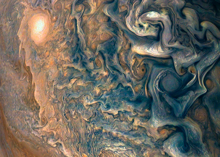 NASA Released 30 Amazing High-Def Photos Of The Largest Planet In Our Solar System—Jupiter