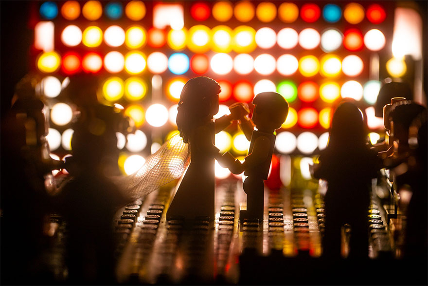 Isolated Photographer Shoots A Wedding Using His LEGOs And The Pics Are Hilariously Good