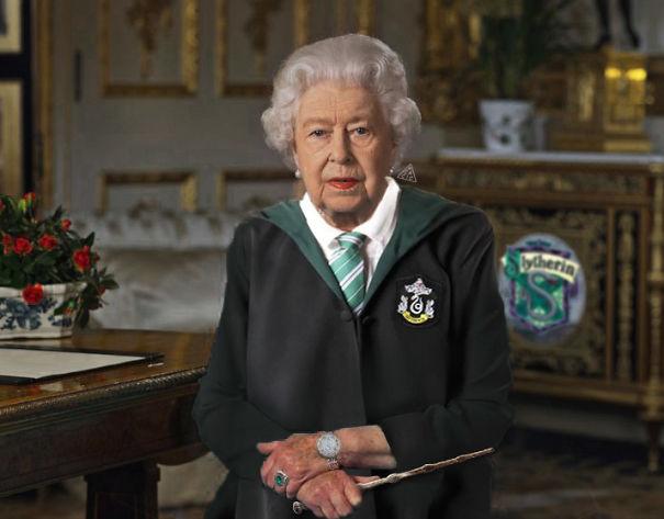 queen-5e8e10ee9671f.jpg