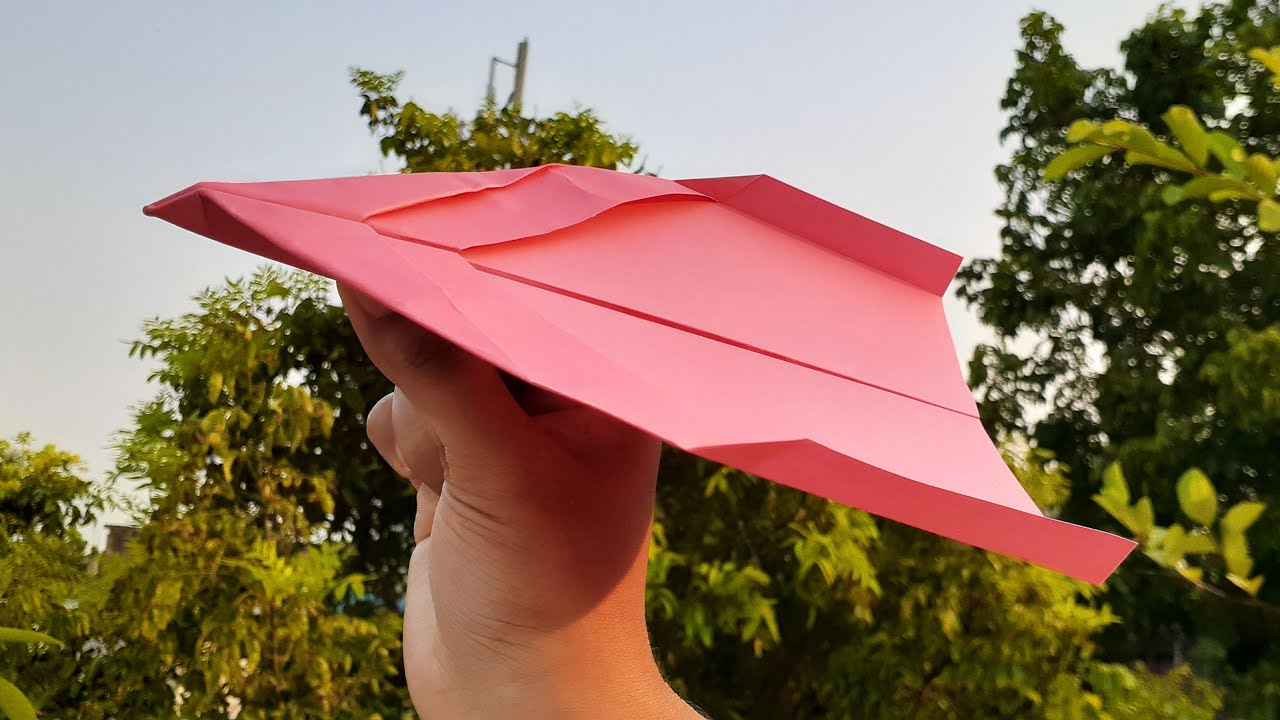 How To Make Paper Airplane That Fly Far