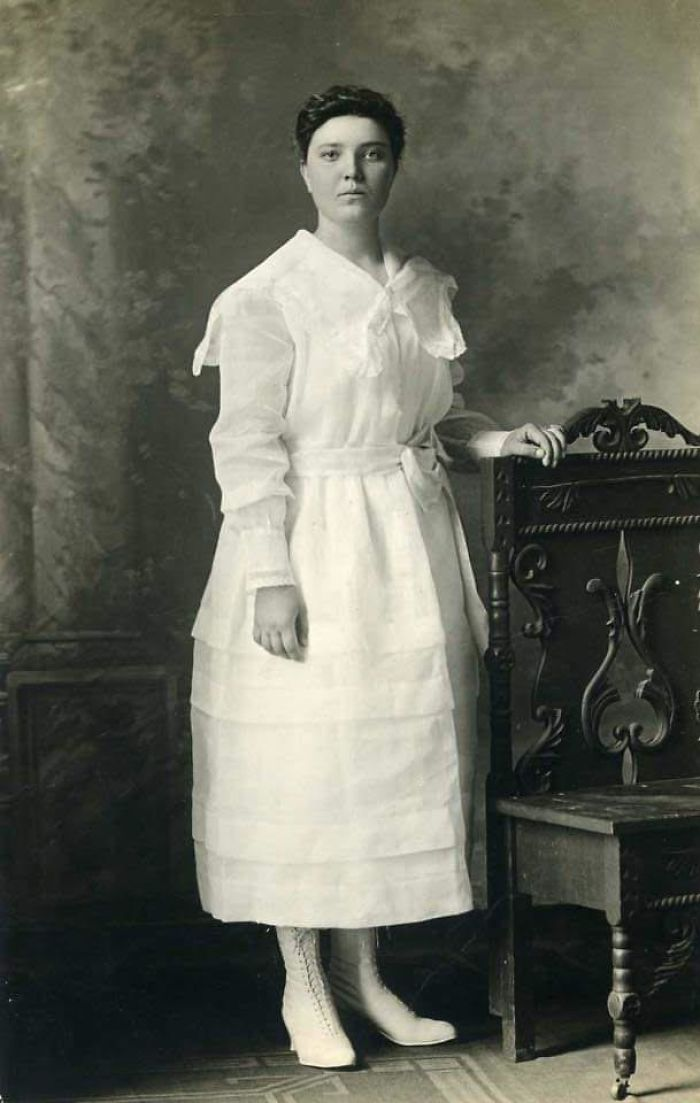 My Grandmother At 16 Years Old In 1917