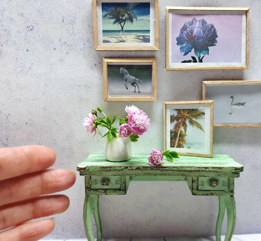 A Russian Mother Of Three Has Become A Master Of Miniatures From Cold Porcelain