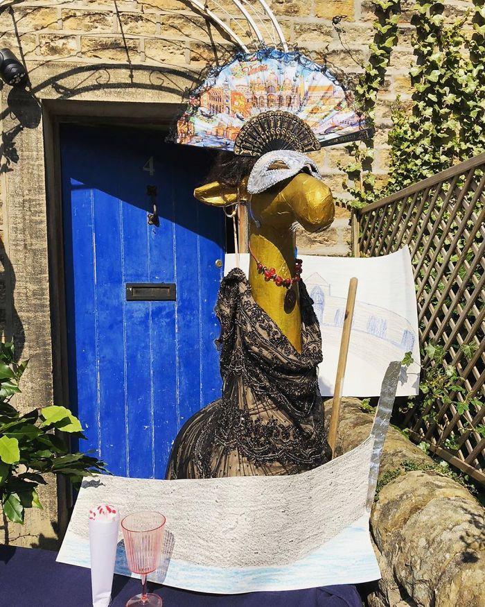 Gloria Has Transported To A Masquerade Ball In Venice