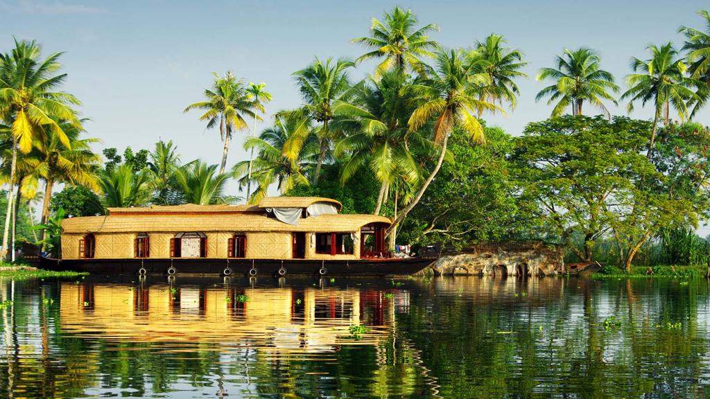 Let's Explore The Breathtaking Views Of Kerala!