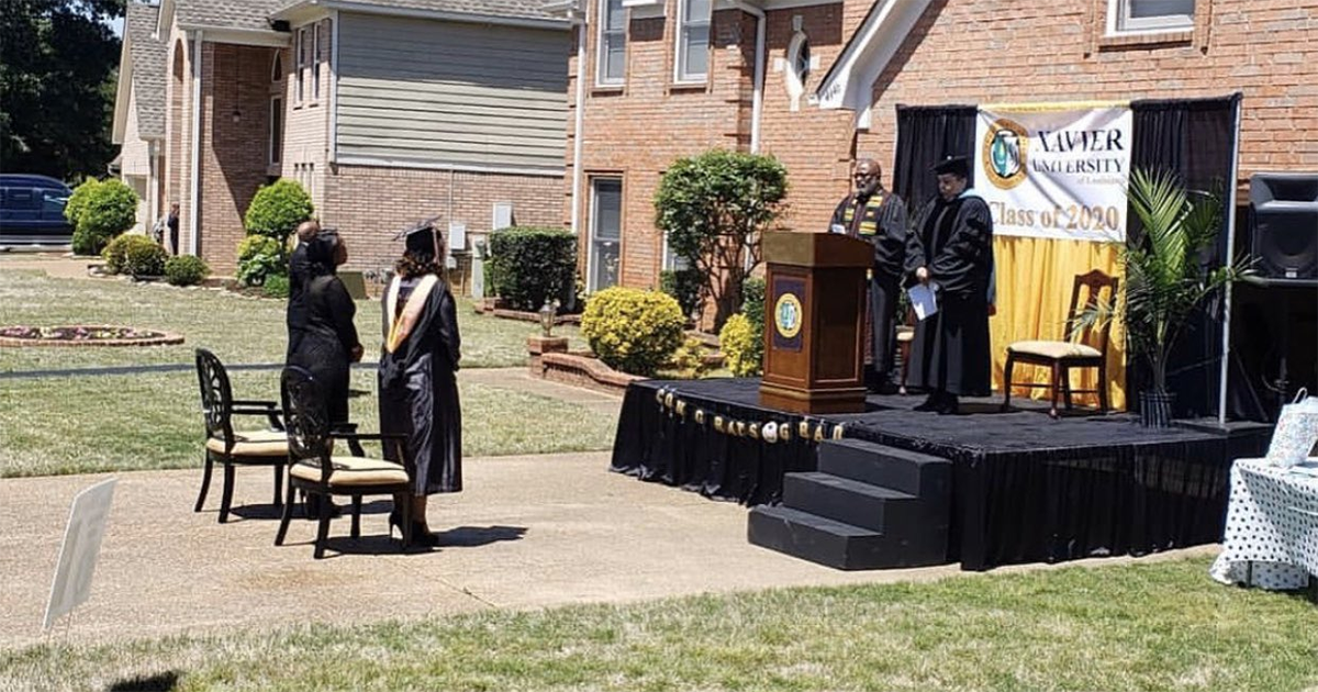 Upset That His Daughter Won't Have A Graduation Ceremony, This Dad Hosted One On His Driveway