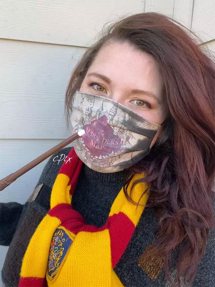 Artist Creates A 'Harry Potter' Mask That Turns Into Marauder's Map When You Breathe