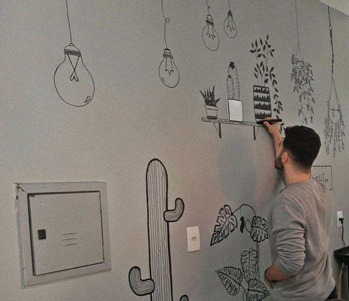 Dad Stops Supporting His Son Because He's Gay, So He Learns How To Draw On Walls To Help Pay The Bills And His Art Goes Viral