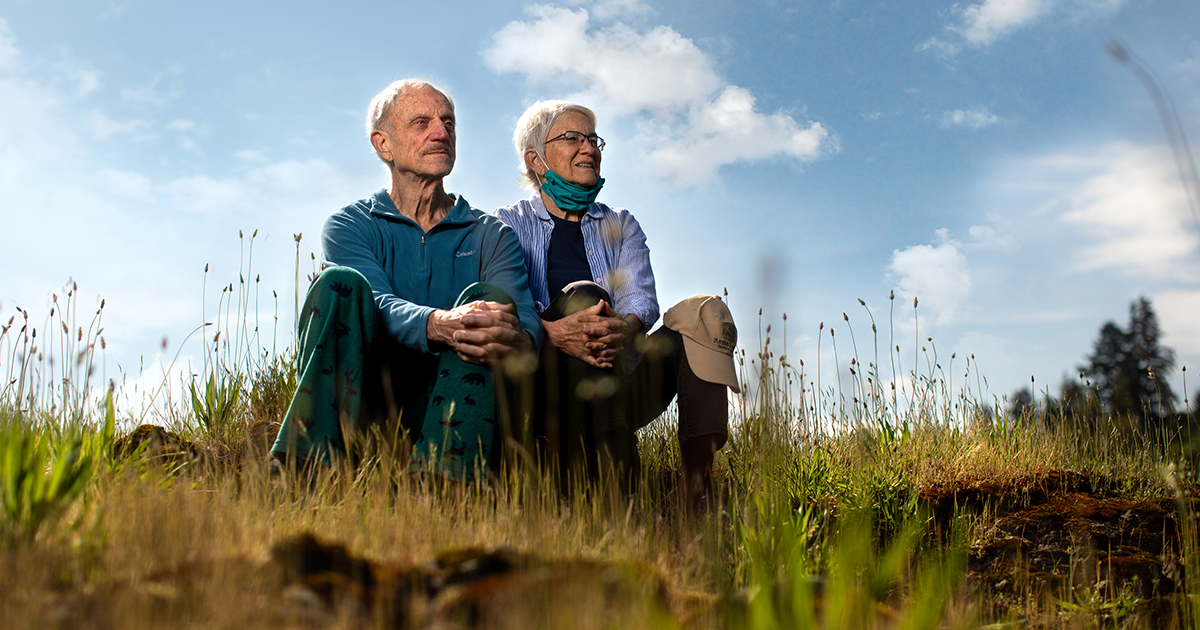 I Photographed 9 Senior Couples And Asked Them How The COVID-19 Lockdown Has Changed Their Daily Lives