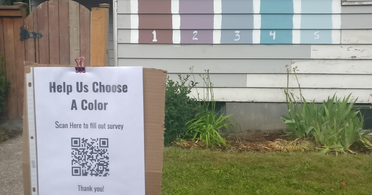 Family Asks Neighbors To Help Them Pick Paint For Their House, Surveys Them By Posting A QR Code In Front Of Their House