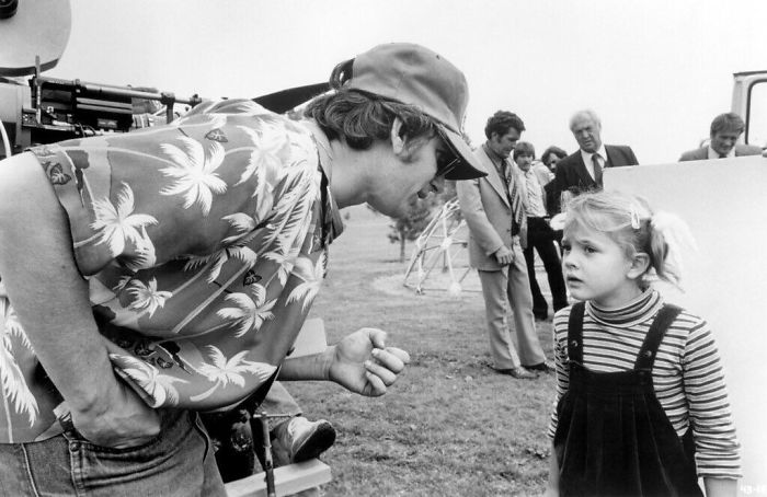 Steven Spielberg Filmed E.t. In Chronological Order In Order To Help The Child Actors And To Capture The Most Real Emotions During The Ending, Since It Would Be The Last Time They'd All Be Together