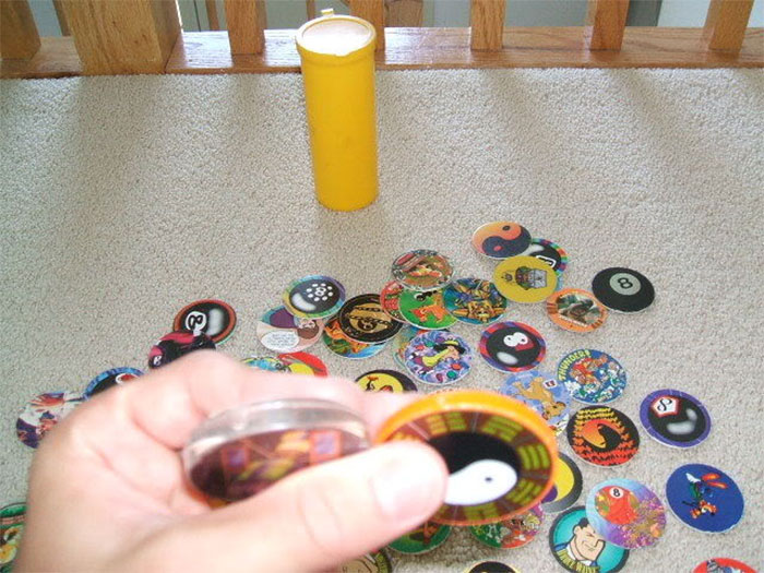 Hold Your Slammer Between Two Fingers, And Throw It Down Hard While Spinning It. This Will Cause Most Of The Pogs To Flip! If You're Playing For Keeps, Jackpot!