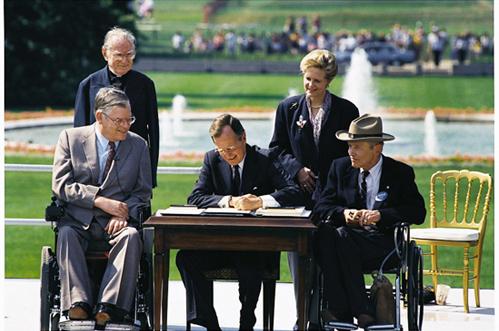 Bush_signs_in_ADA_of_19901-5ee7918309832.jpg