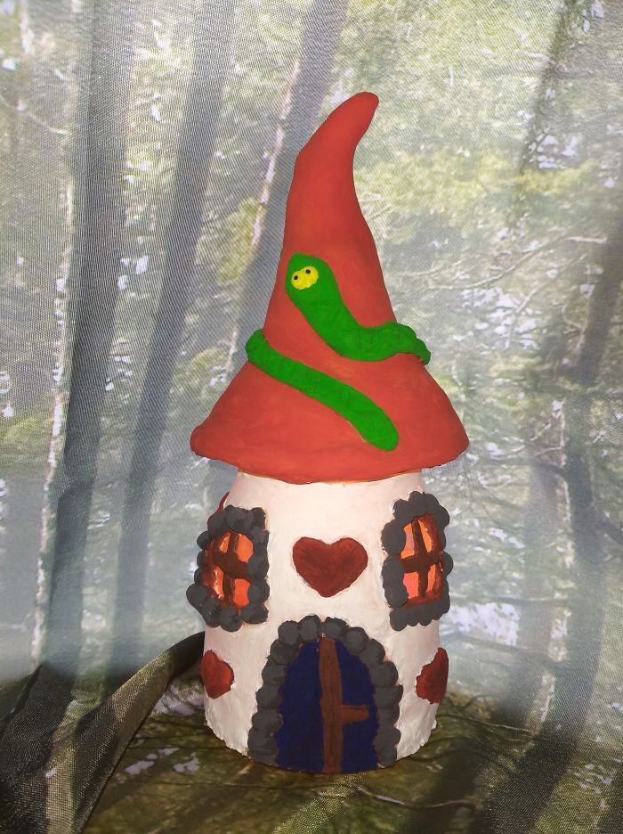 I Made A House For A Tiny Witch Who Lives Deep In The Woods.