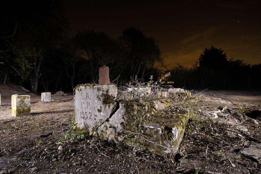 Bishopwood Camp Steps Ruins Of An Evacuee Camp In Sonning Common