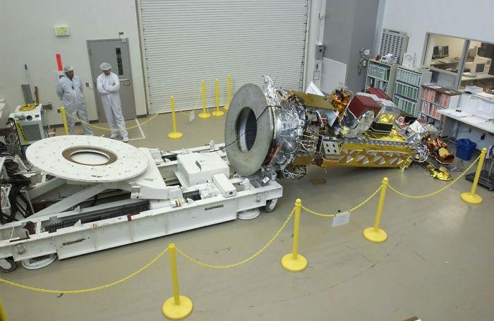 Señor, se nos ha caido un satélite de 290$ millones al suelo