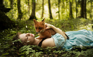 I Photograph Beautiful Girls With Adorable Foxes (12 New Pics)