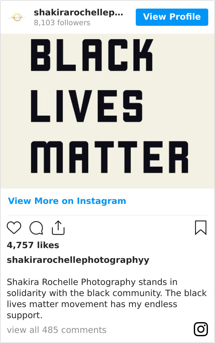 Photographer Receives Message From Bride Demanding Her Money Back Because She Supports BLM, Has A Priceless Response To Shut Her Down