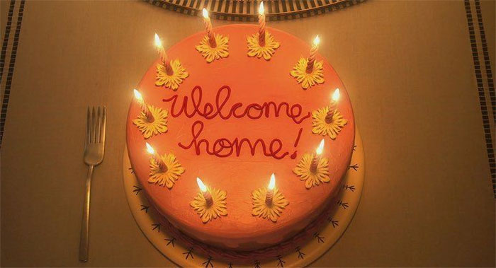 "In Coraline, The ""Welcome Home"" Cake Features A Double Loop On The O. According To Graphology, A Double Loop On A Lower Case O Means That The Person Who Wrote It Is Lying. There Is Only One Double Loop, Meaning She Is Welcome But She Is Not Home"