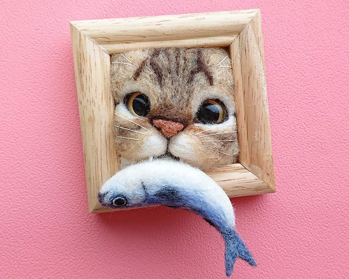 Here Are 30 Of This Japanese Felt Artist's Cutest Cat Frames