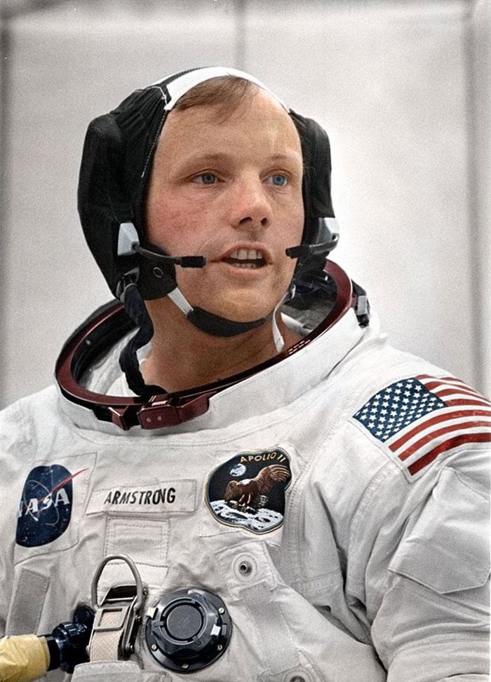Neil Armstrong, primer hombre en la Luna, entrenando para la misión Apolo