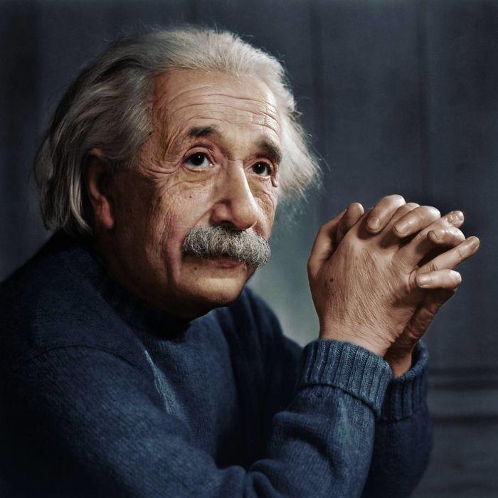 Albert Einstein, fotografiado por Yousuf Karsh en 1948 aprox.