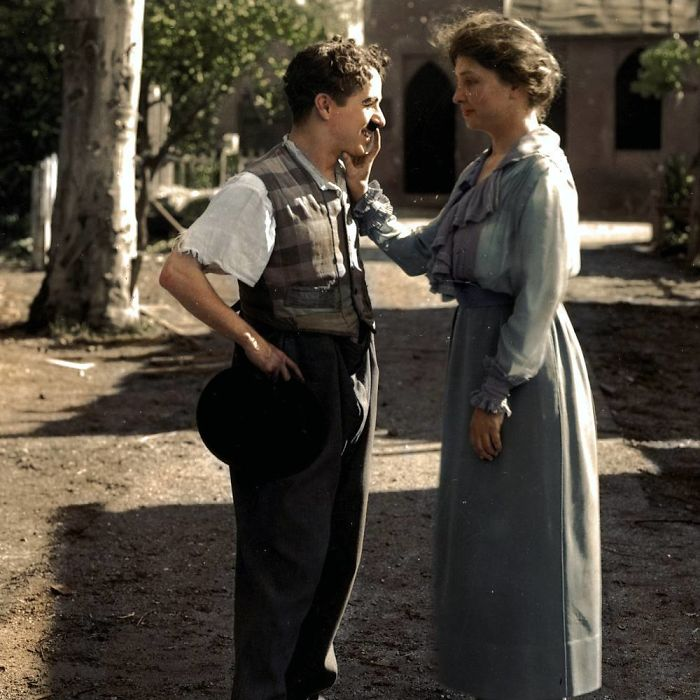 Helen Keller Greeting Charlie Chaplin By Feeling His Features
