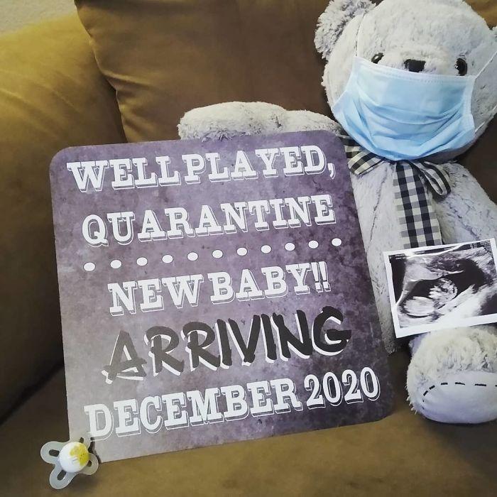 Quarantine-Pregnancy-Announcement-Ideas