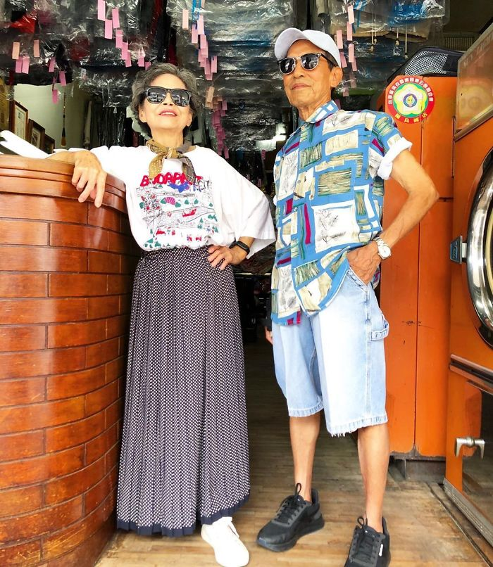 Senior Couple Poses With Clothes That Their Clients Didn't Collect And The Pics Just Radiate Absolute Class And Style (15 Pics)