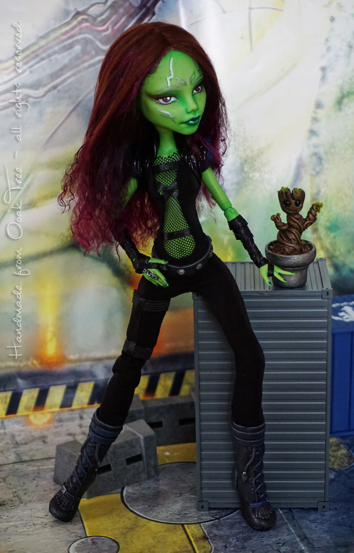 And Gamora With Baby Groot (He's 1cm Around 0.39 Inch Tall)