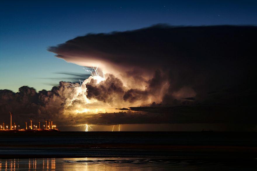 Lightning And Wind