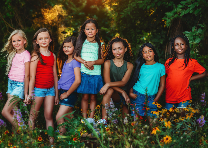 """""""Love Blooms In Every Color"""": Photography Project I Created To Show How Beautiful Diversity Is"""
