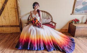"""Esta artista crea un negocio de vestidos de boda de colores después de que su vestido de """"fuego"""" se volviera viral"""