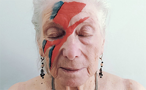 Care Home Residents Recreate Iconic Album Covers And It Looks Amazing (12 Photos)