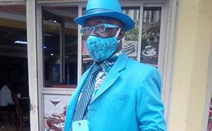 Este es James Maina Mwangi, autoproclamado hombre con más estilo de África, si no del mundo (32 fotos)