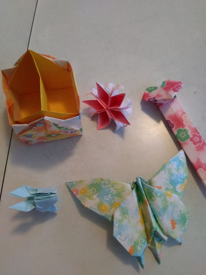 Origami Of All Different Shapes And Sizes And Use