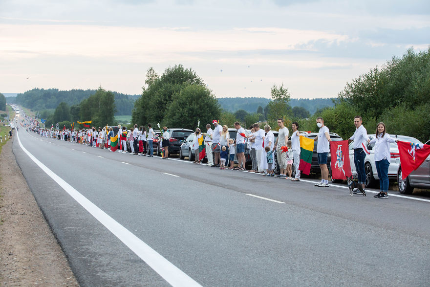 Belarus Is Facing The Biggest Protests In History And 50,000 Lithuanians Joined Hands In The 'Freedom Way' In Solidarity
