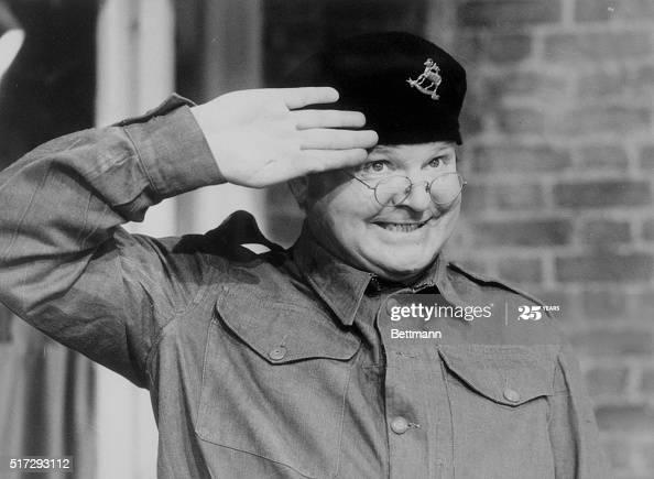 Benny-Hill-salute-5f4837e9b967e.jpg