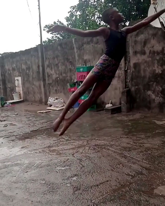 11-Year-Old Boy from Nigeria Receives A Scholarship From New York Dance School After His Barefoot Ballet Performance Goes Viral